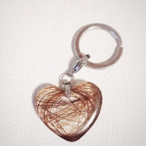 Jouhikoru avaimenperä sydän